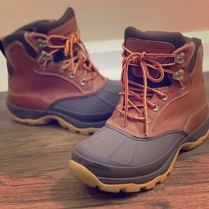 L.L. Bean Women's 9.5 Chasers Waterproof Boots